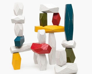 WELL-DESIGNED TOYS FROM POKETO