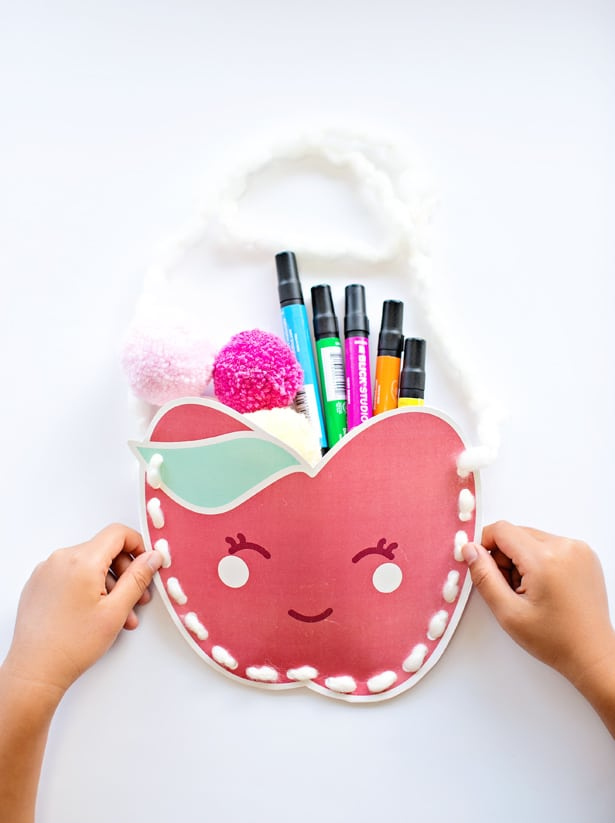 CUTE FREE PRINTABLE KAWAII APPLE PURSE
