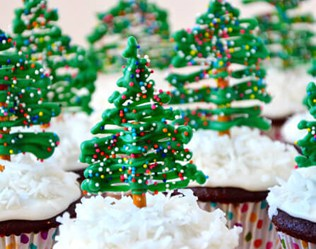 10 Festive Christmas Shaped Treats And Snacks For Your