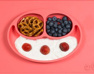 CLEVER SILICONE PLACEMATS THAT MAKE MEALTIME LESS MESSY WITH KIDS FROM EZPZ