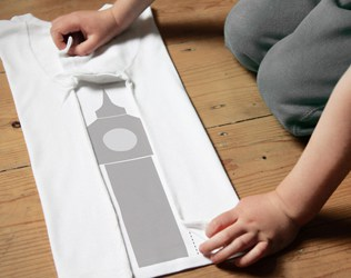 MAKE LAUNDRY FUN FOR KIDS WITH FOLDIE TEES