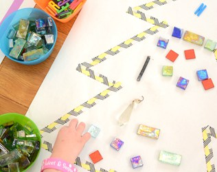 MAKE HOLIDAY MOSAICS – EASY ART PROJECT FOR KIDS