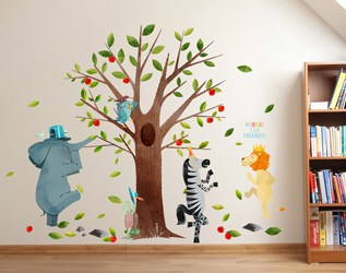 ILLUSTRATED WALL DECALS BASED ON CHILDREN'S BOOKS
