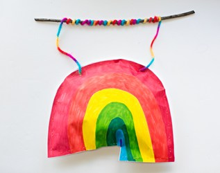KID-MADE PUFFY PAPER RAINBOW STICK MOBILE