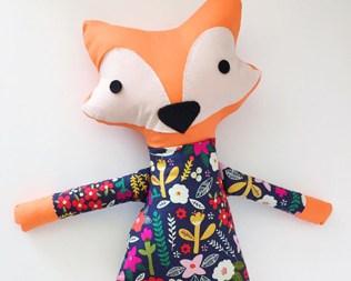 ADORABLE HANDMADE FOX DOLLS FROM TINY LITTLE HEARTS