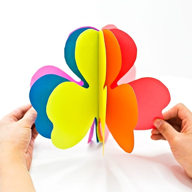 Daftar Harga How To Make 3d Rainbow Colored Paper Shamrocks