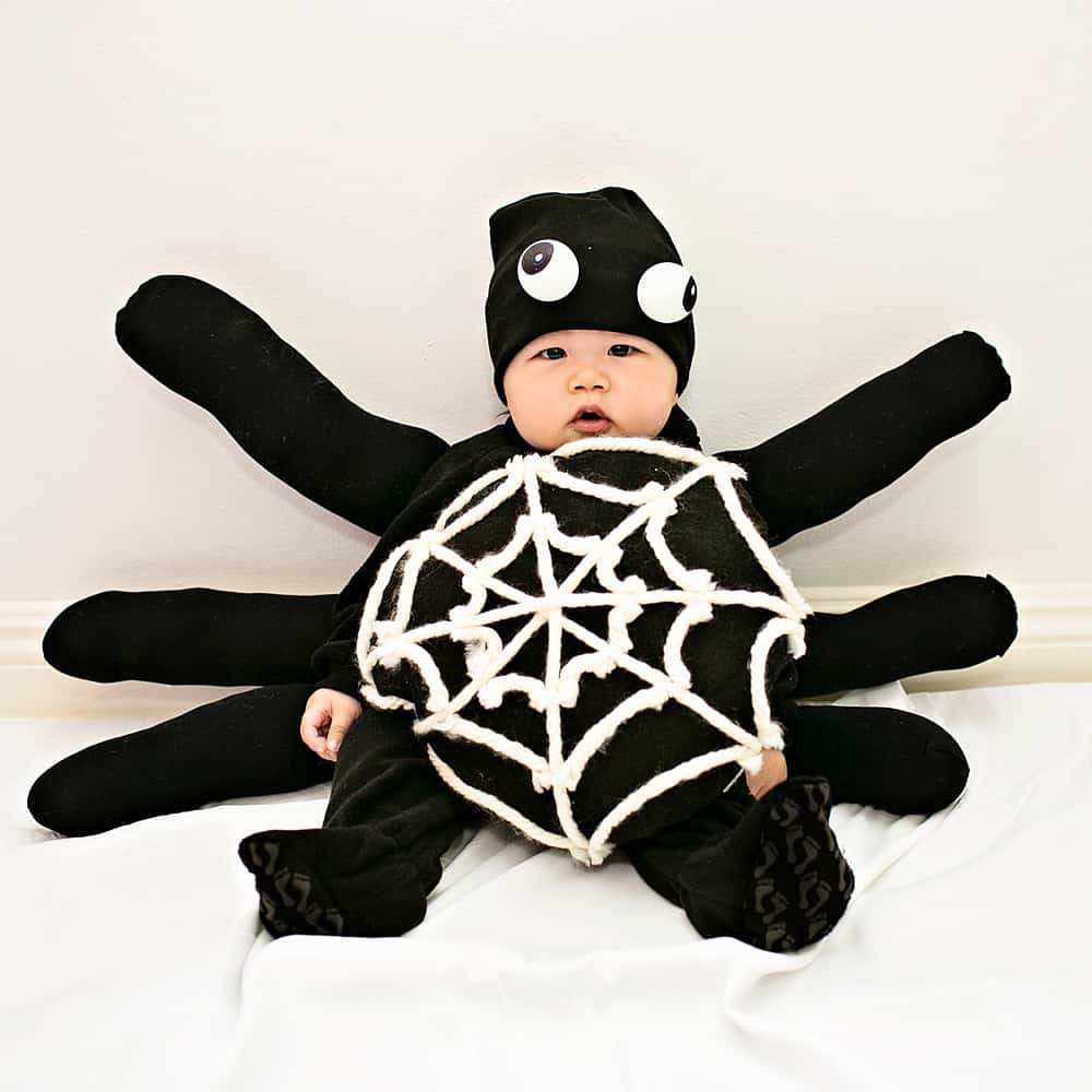 Make an adorable and easy DIY Itsy Bitsy Spider costume!