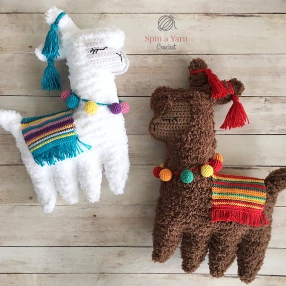 llama crochet animal pattern