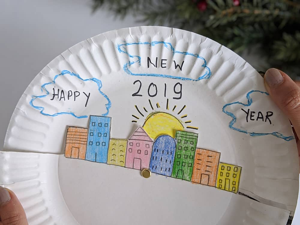 New Year S Eve Paper Plate Craft For Kids Hello Wonderful