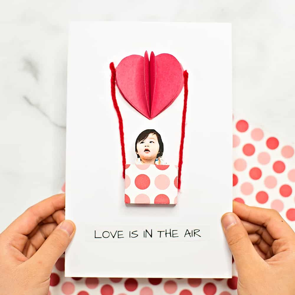 Love is in the air valentine card DIY