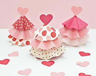 VALENTINE PAPER TREE CRAFT