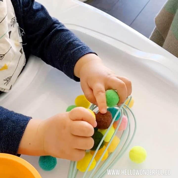easy baby toddler fine motor skills activities