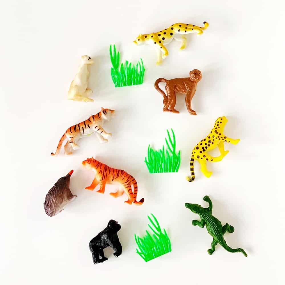 toy jungle animal figurines