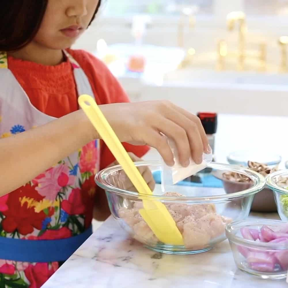 Kids cooking Home Chef Meal Delivery Process
