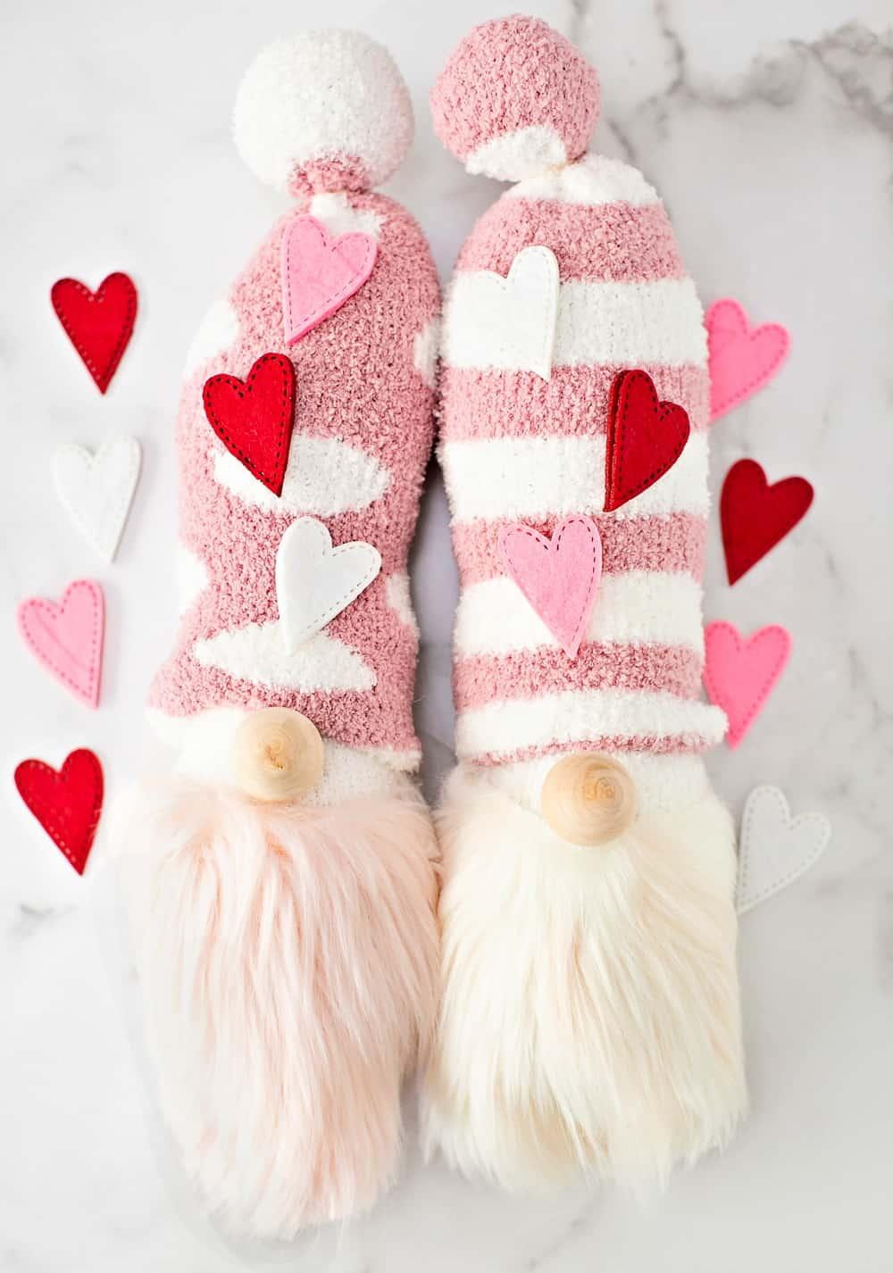 DIY Valentine Gnomes