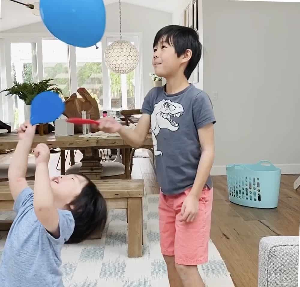 ballon tennis game for kids. Great indoor activity that is good for exercising
