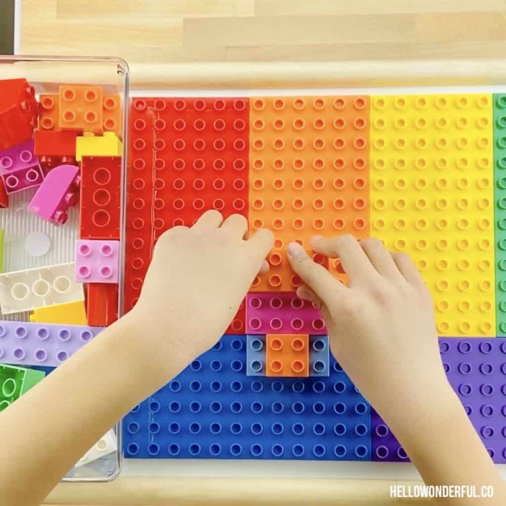 How to make a DIY LEGO Table