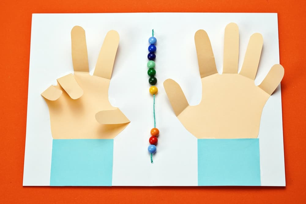 COUNTING HANDS NUMBER LEARNING