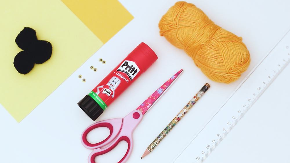 materials to make bee craft out of pom poms