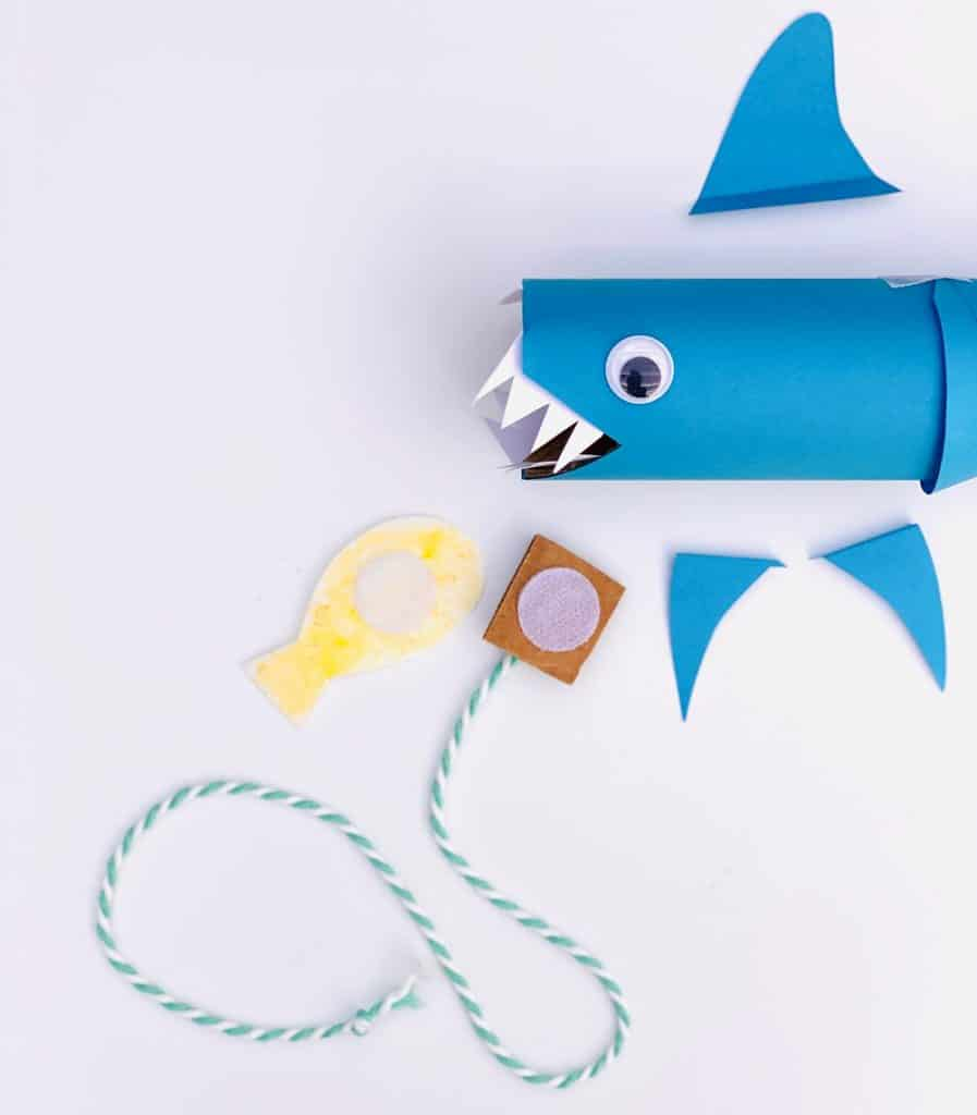 paper shark tube craft