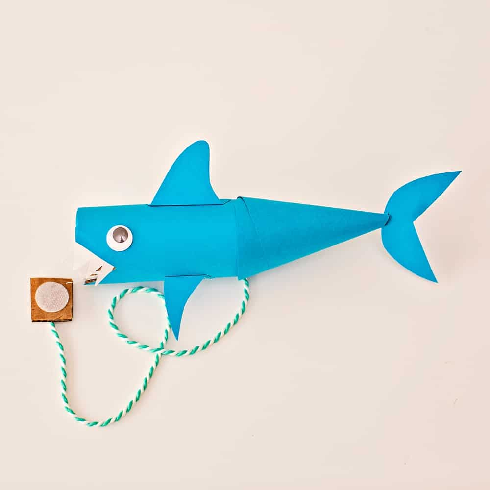 paper tube shark craft