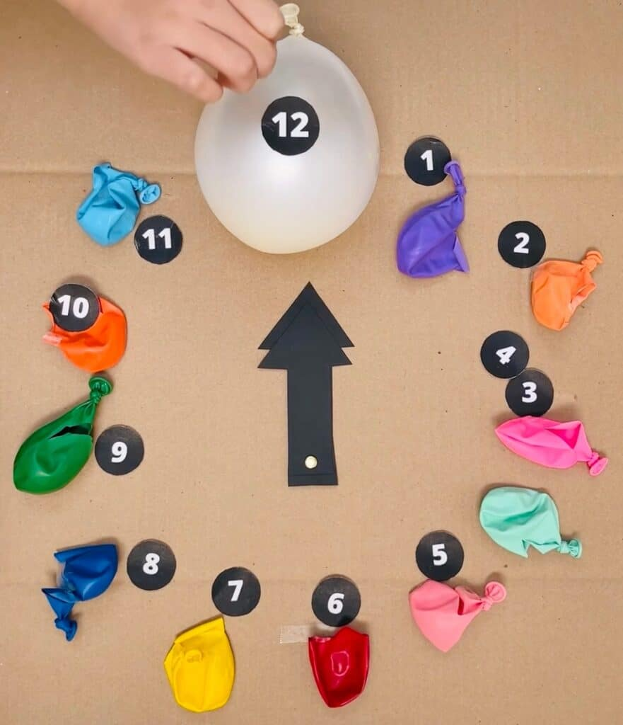NEW YEAR DIY BALLOON CLOCK. New Year's eve countdown for kids