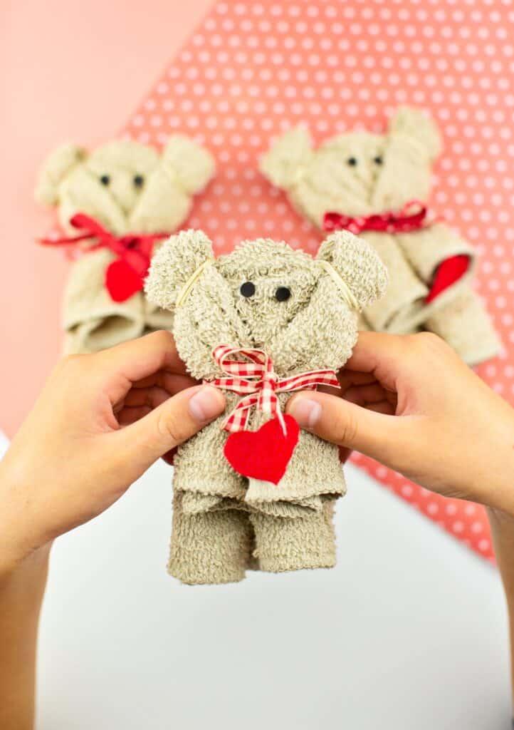 how to make a towel bear preschool valentine craft for kids