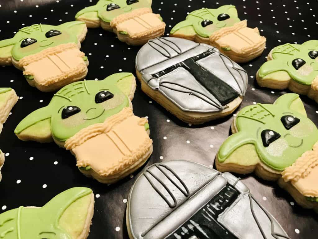 Baby Yoda Valentine Cookies