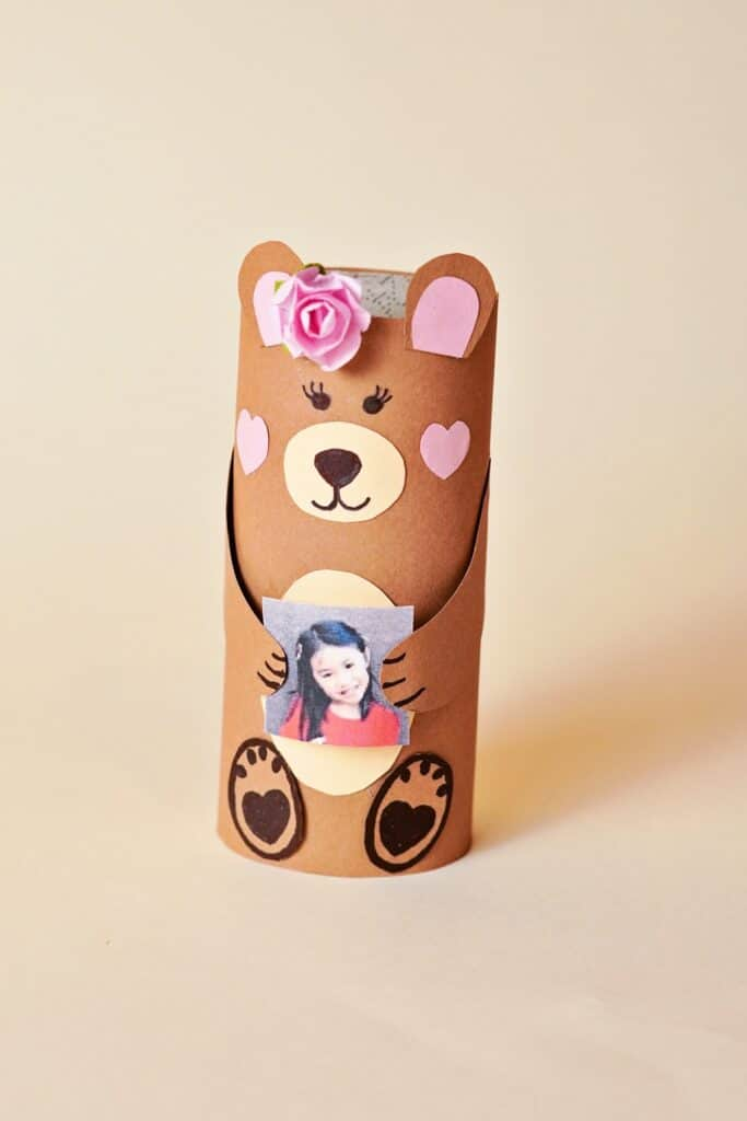 MOTHER'S DAY BEAR CRAFT - paper tube bear
