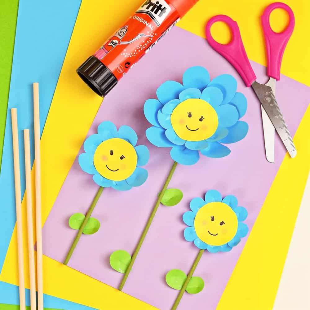 EASY PAPER FLOWER CRAFT FOR KIDS